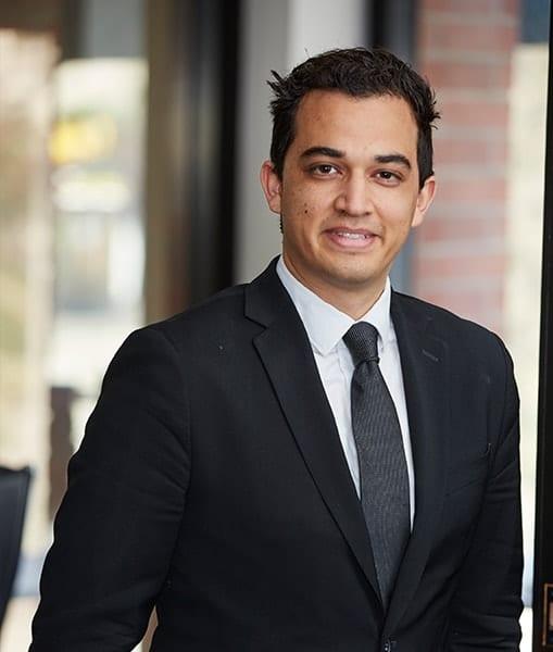 Roberto Dominguez, Esq. - Trial Attorney at Arash Law in California