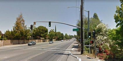 [01-23-2021] Condado de Sacramento, CA - Una persona hospitalizada después de un accidente de motocicleta grave en Fair Oaks