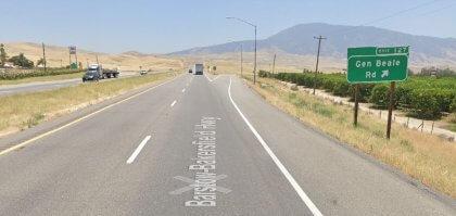 [01-30-2021] Condado De Kern, Ca - Accidente De Motocicleta En Bakersfield Hiere A Una Persona