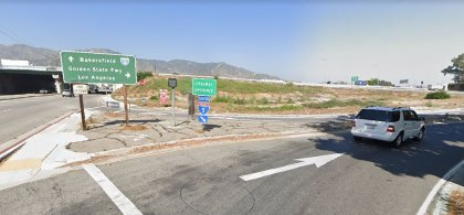 [02-03-2021] Los Ángeles, CA - Accidente De Varios Vehículos En Sun Valley Hiere A Tres Personas