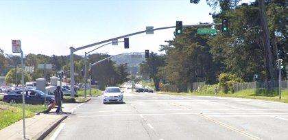 [02-04-2021] Condado De San Francisco, CA - Una Persona Muerta Y 5 Resultaron Heridas Después De Un Accidente Múltiple De Vehículo En La Zona De Lake Merced