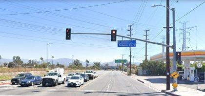 [02-07-2021] Los Ángeles, CA - Colisión De Dos Vehículos En Boyle Heights Hiere A Dos Personas