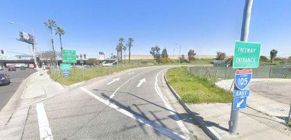 [02-13-2021] Los Ángeles, CA - Accidente De Motocicleta En Lynwood Resulta En Una Muerte