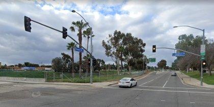[02-16-2021] Condado De Orange, Ca - Tres Personas Resultaron Heridas Después De Una Colisión De Dos Vehículos En Costa Mesa