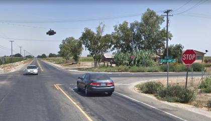 [03-08-2021] Condado De Stanislaus, CA - Dos Personas Muertas Después De Una Colisión Frontal En West Main Street