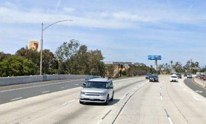 [03-08-2021] Los Ángeles, CA - Una Persona Herida Después De Un Accidente Mayor De Colisión De Varios Vehículos En Sentido Contrario En Long Beach