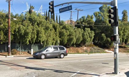 [03-10-2021] Los Ángeles, CA - 2 Muertos, 3 Heridos Después De Una Colisión Fatal En Sentido Contrario En Lake View Terrace