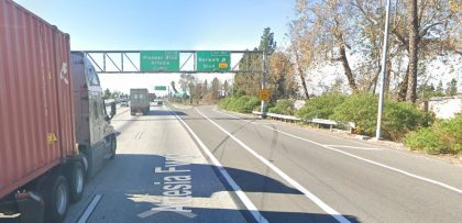 [03-19-2021] Condado De Los Ángeles, CA - Una Persona Muerta Después De Un Accidente De Motocicleta Mortal En Cerritos