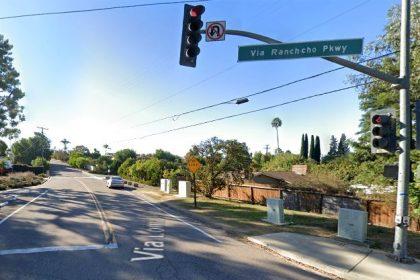 [04-06-2021] Condado De San Diego, CA - Oficial De La Patrulla de Caminos (CHP) Herido Después De Un Accidente De Motocicleta En Via Rancho Parkway