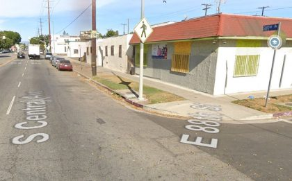 [04-19-2021] Condado De Los Angeles, CA - Colisión De Dos Vehículos En La Avenida Central Sur Con Resultados De Un Muerto