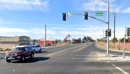 [04-23-2021] Condado De Sacramento, CA - Accidente De Motocicleta En Bradshaw Road Resulta En Una Muerte